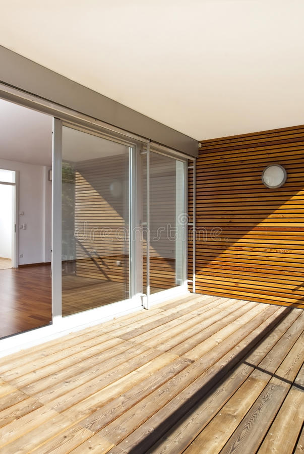 Free Modern Home With Sunny Balcony Royalty Free Stock Image - 50650516