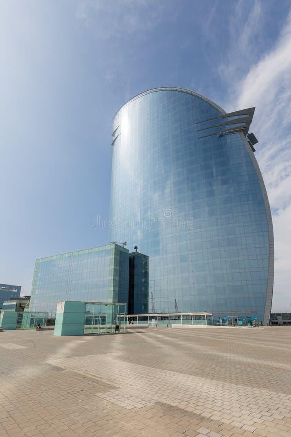 Modern hotellskyskrapa i Barcelona, Spanien arkivbilder