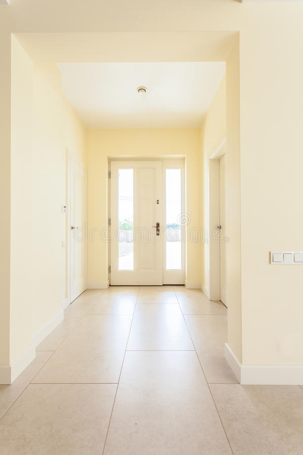 Free Modern House Entrance Stock Photography - 45472342