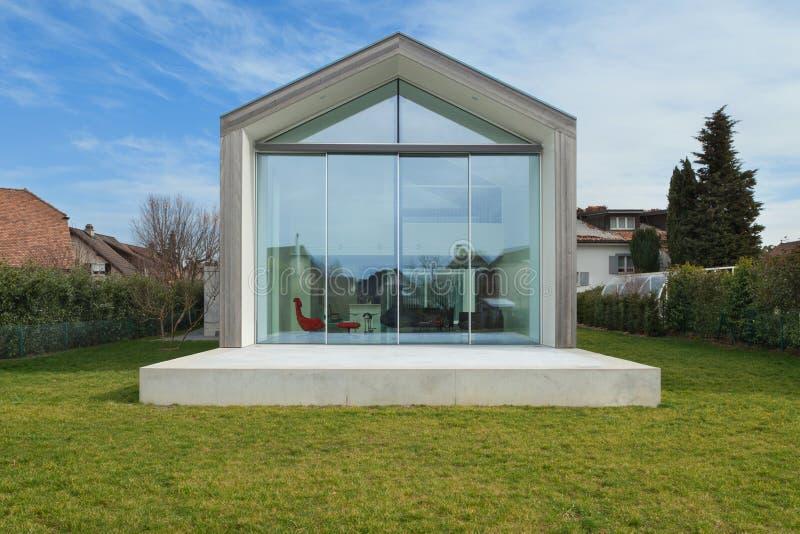 Modern huis, buitenkant royalty-vrije stock foto