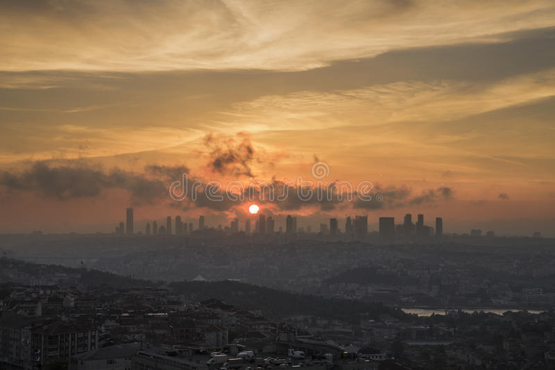 Modern Istanboel de stad in royalty-vrije stock foto