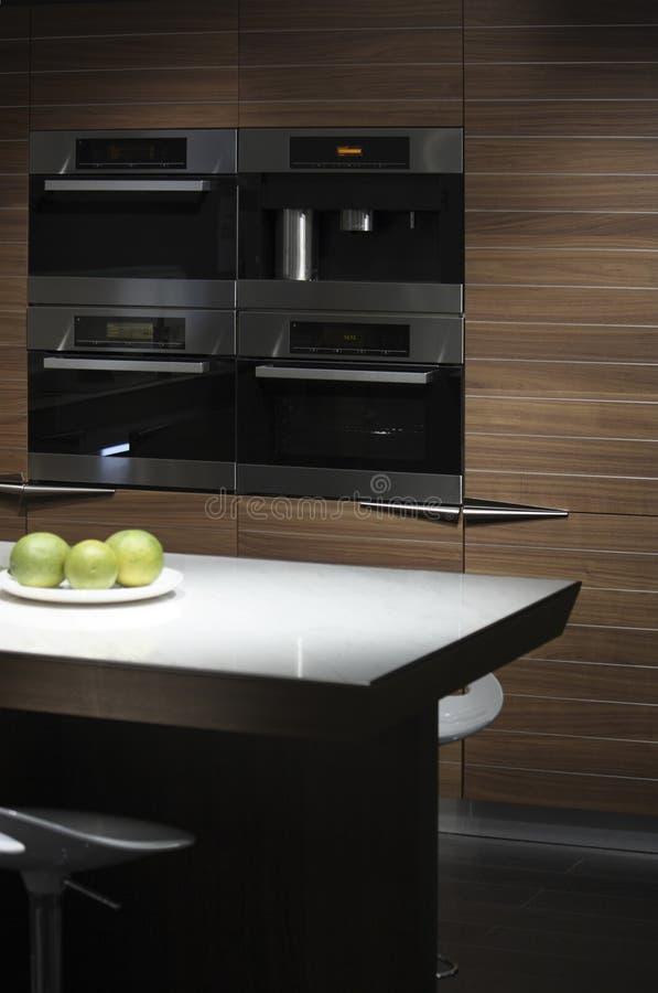 Free Modern Kitchen Royalty Free Stock Images - 11320019