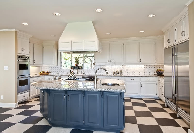 Modern kitchen royalty free stock images