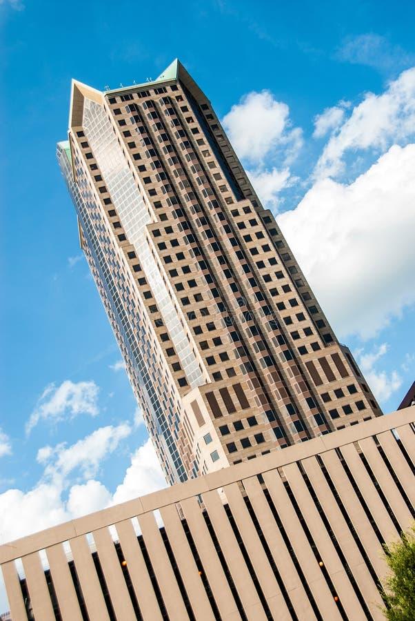 Modern kontorsbyggnad för skyskrapa i St Louis Missouri arkivbild