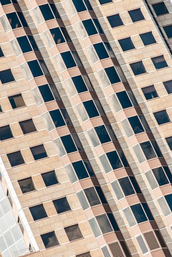 Modern kontorsbyggnad för skyskrapa i St Louis Missouri royaltyfria foton