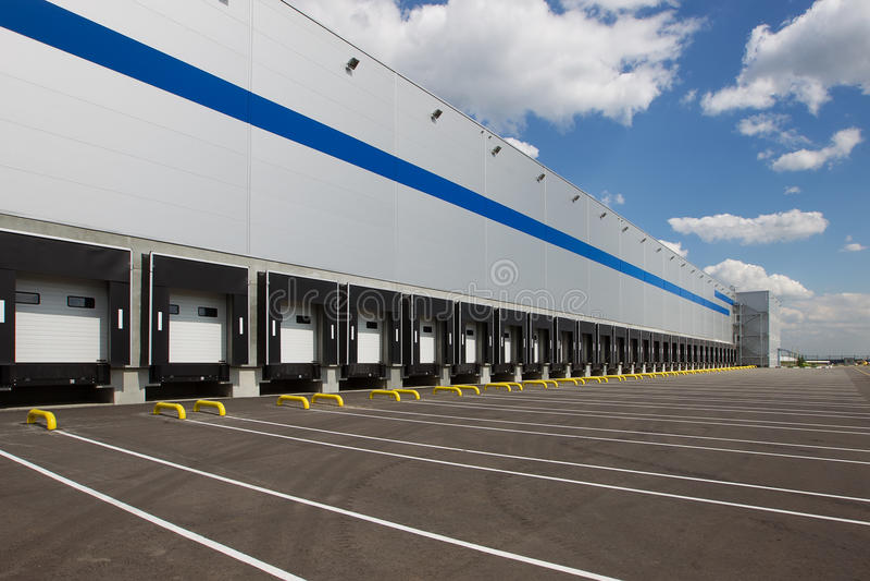 Modern logistiekcentrum royalty-vrije stock afbeeldingen
