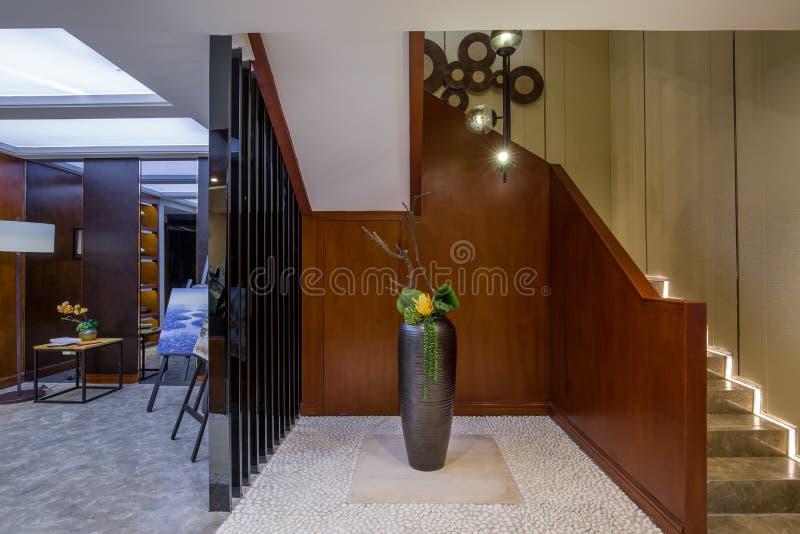 Modern lyxig villa för vardagsrum för mottagningsrum för inrehemdesign fotografering för bildbyråer