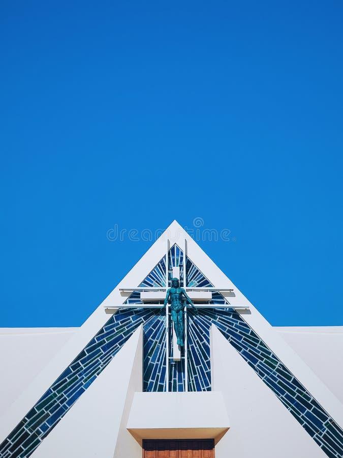 Modern maltesisk kyrka royaltyfria bilder