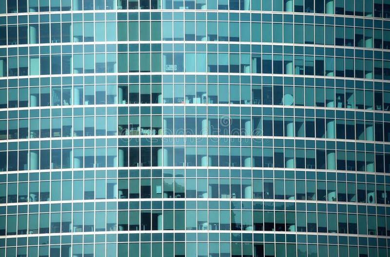 Modern närbild för främre sikt för kontorsbyggnadglasvägg arkivfoton