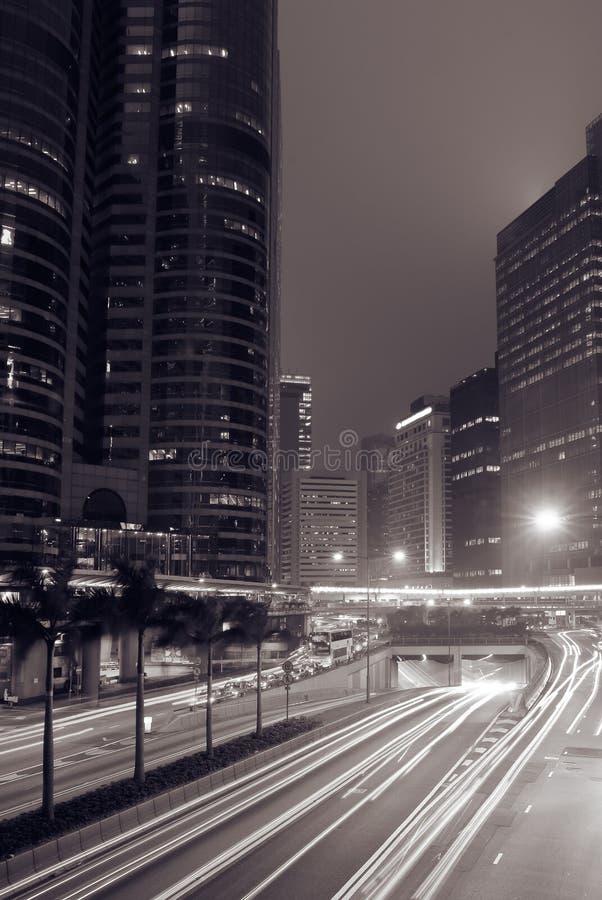 modern natt för stad royaltyfria bilder