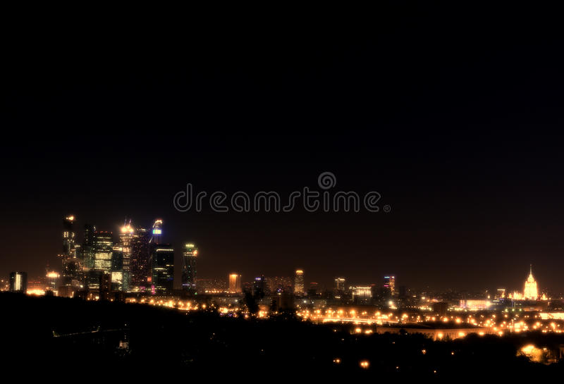 modern natt för stad fotografering för bildbyråer