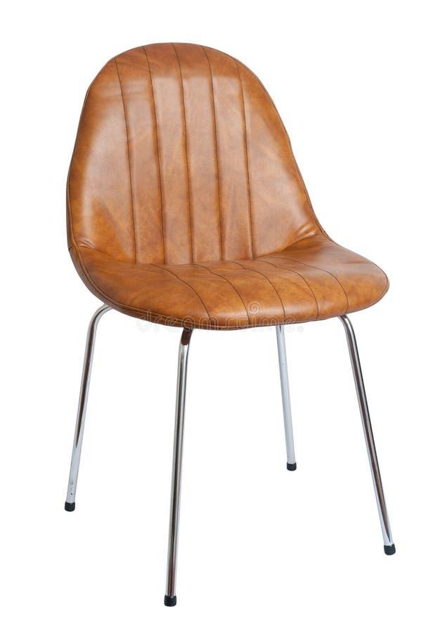 Modern röd stol som isoleras på vit bakgrund arkivfoton