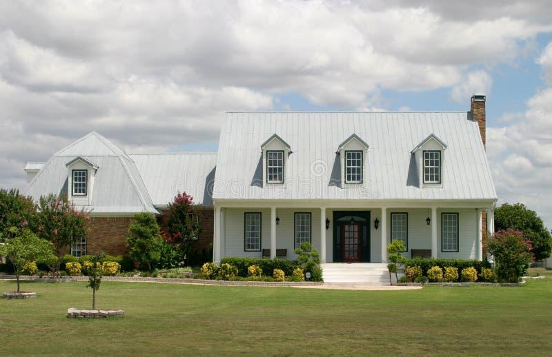 modern ranch för hus arkivfoton