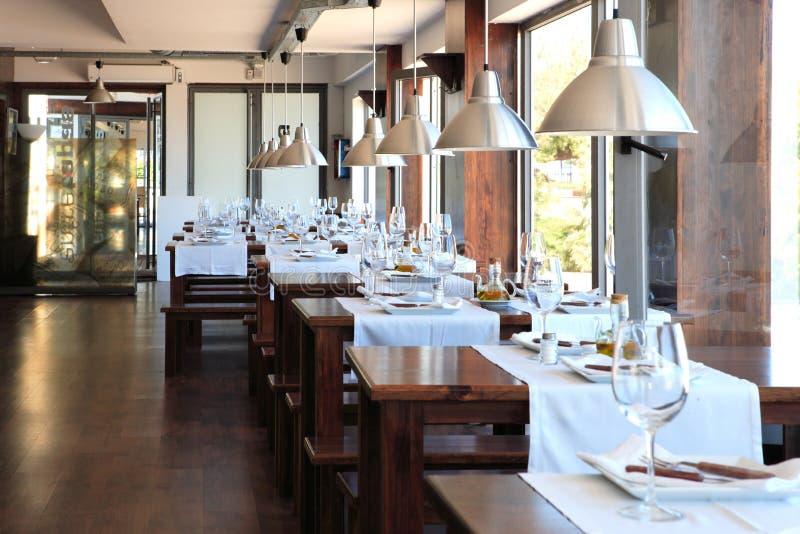 Modern restaurant royalty-vrije stock afbeeldingen