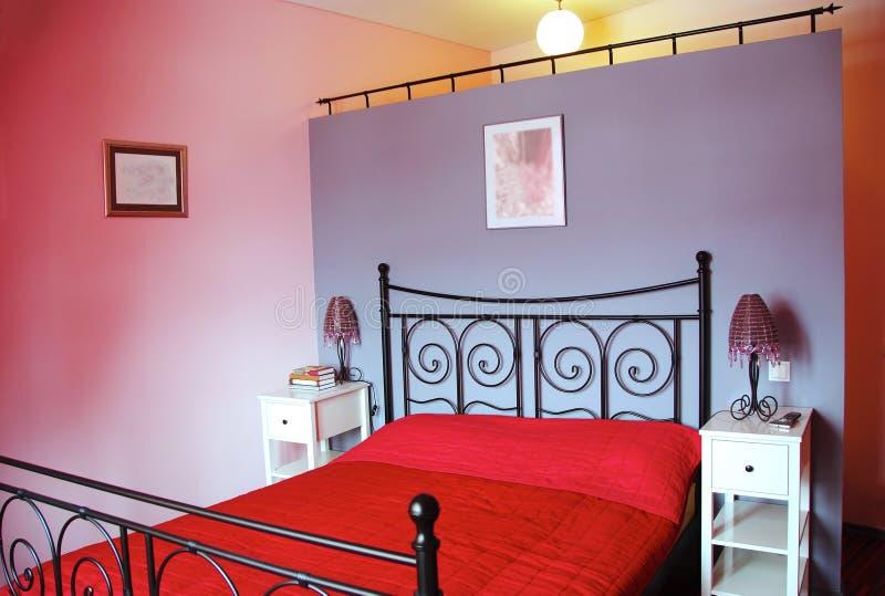 modern rosa dragning för sovrum arkivbild
