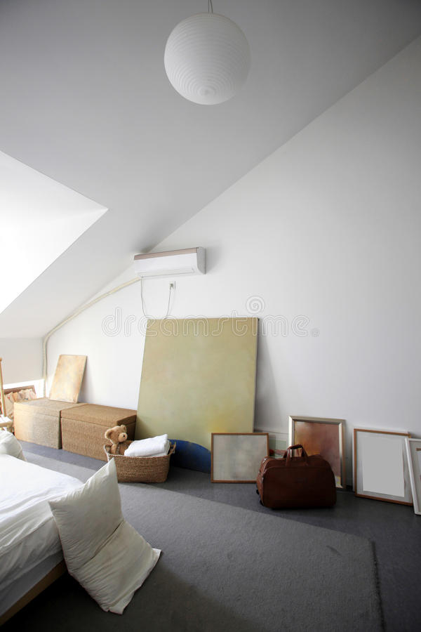 Download Modern And Simple Home Royalty Free Stock Photo - Image: 25266735