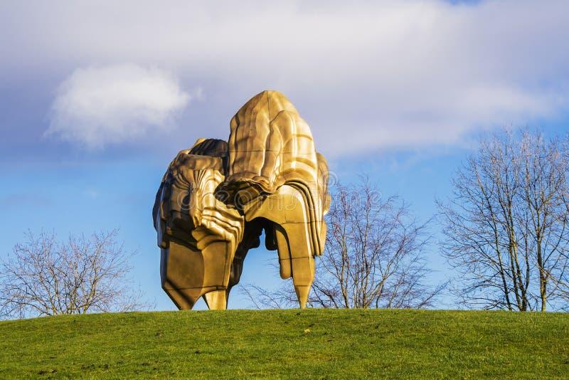 Modern skulpturutläggning på YSPEN royaltyfria bilder