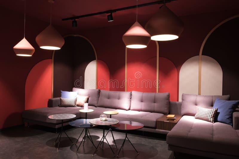 Modern Sofa in Luxury Living Room stock fotografie