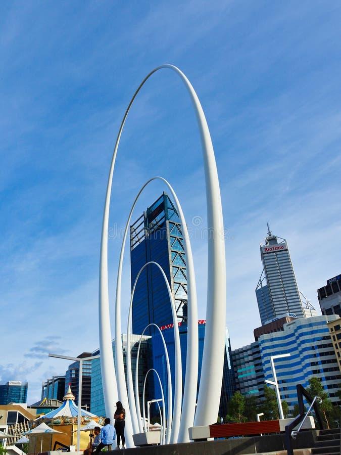 Modern Spanda skulptur, Elizabeth Quay, fräcka västra Australien royaltyfri bild