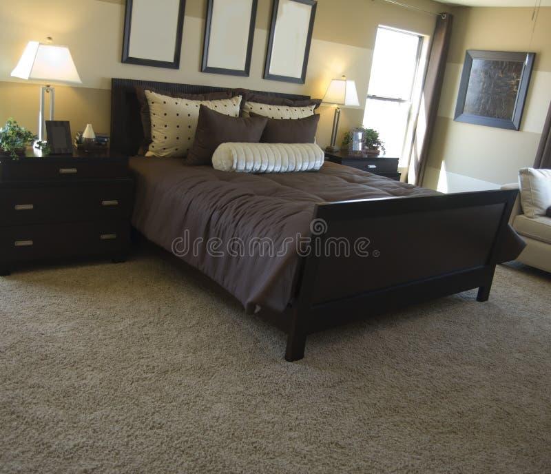modern stil för sovrum royaltyfria bilder
