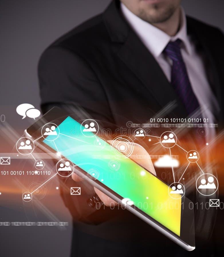 Modern trådlös teknologi och socialt massmedia royaltyfri foto