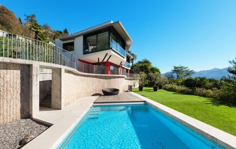 modern villa στοκ εικόνα με δικαίωμα ελεύθερης χρήσης