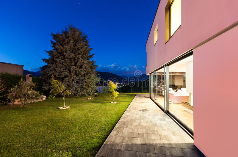 Download Modern villa, night stock image. Image of garden, home - 32425099