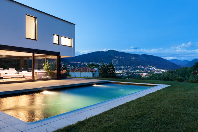 Modern Villa With Pool Stock Photos