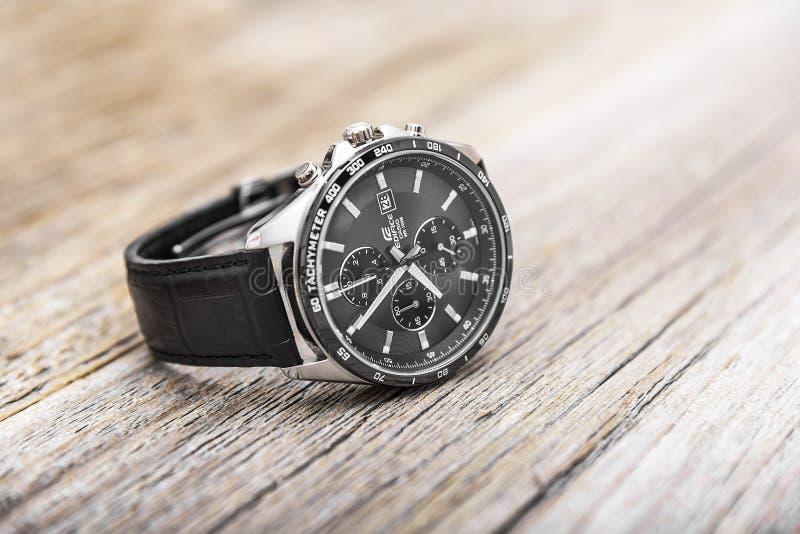 modern watch för mens royaltyfria bilder