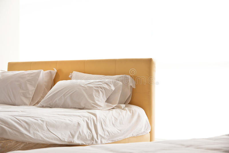 Download Modern White Bed And Pillow Stock Photography - Image: 22159652