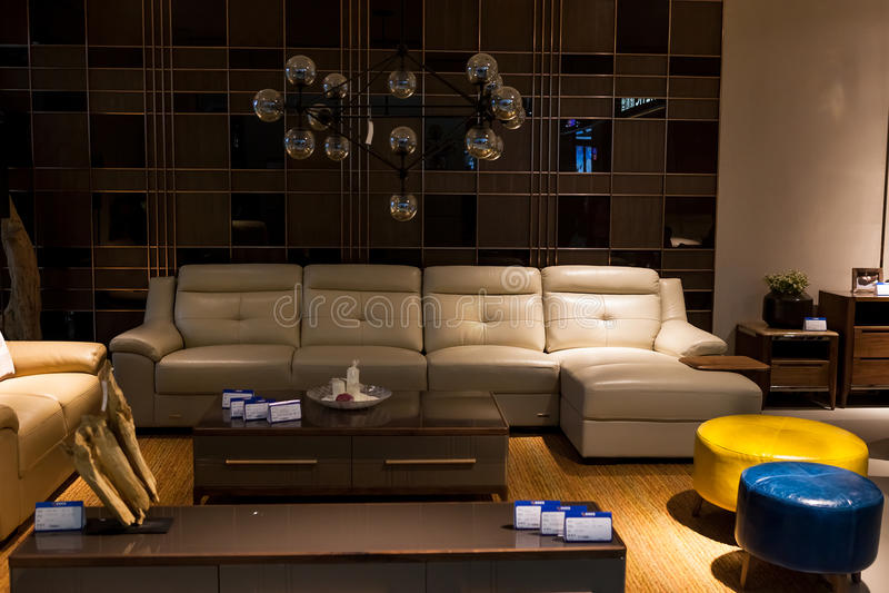 Modern woonkamer en meubilair royalty-vrije stock afbeelding