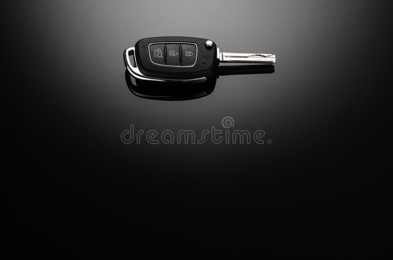 Moderna biltangenter som isoleras på svart reflekterande bakgrund royaltyfri fotografi