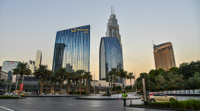 Moderna byggnader i Dubai, UAE royaltyfri bild