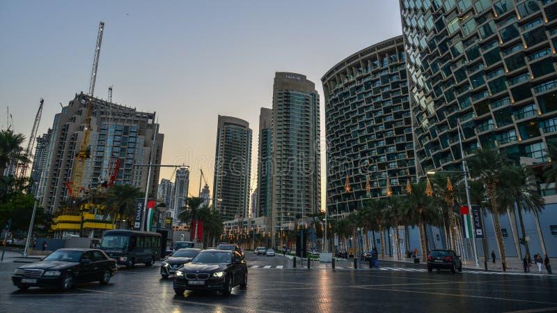 Moderna byggnader i Dubai, UAE royaltyfria bilder