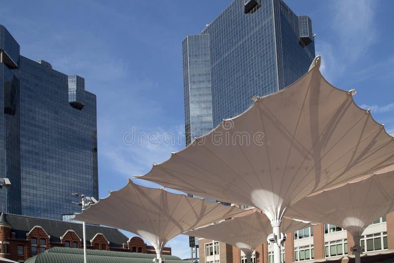Moderna byggnader i staden Fort Worth TX royaltyfri foto