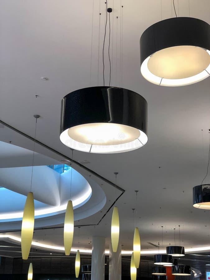 moderna lampor arkivbilder