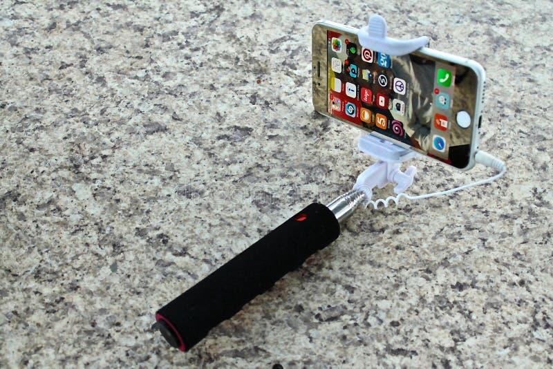Moderna selfies fotografering för bildbyråer