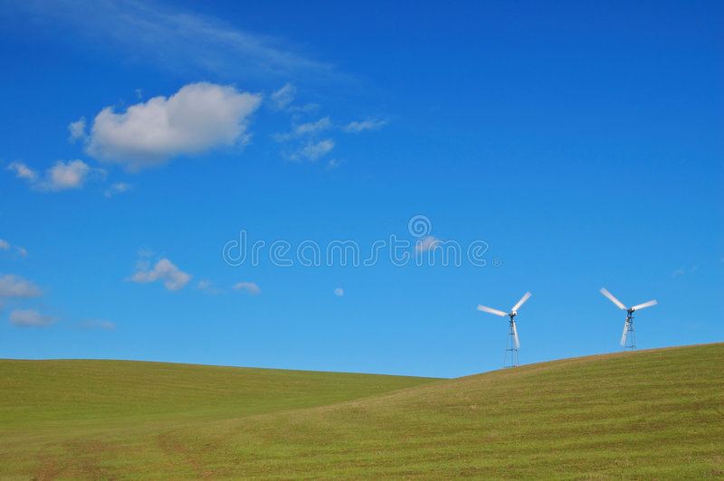 moderna windmills royaltyfri bild