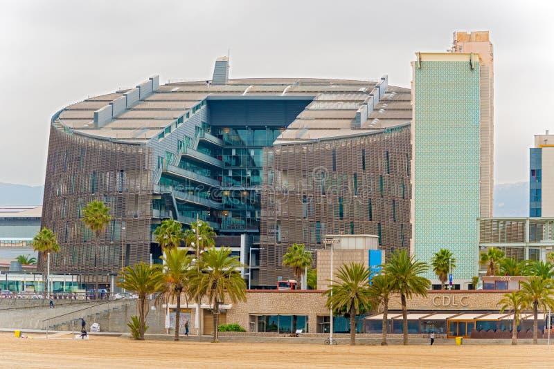 Moderne architectuur bij de Olympische Haven van Barcelona, Spanje royalty-vrije stock foto