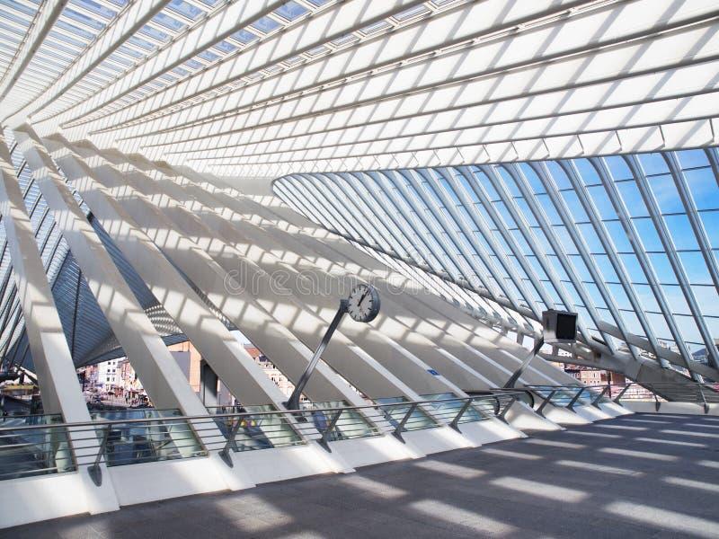 Moderne Architectuur bij Station royalty-vrije stock fotografie