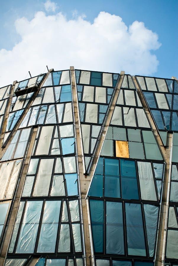 Moderne architectuur buitenmening royalty-vrije stock foto