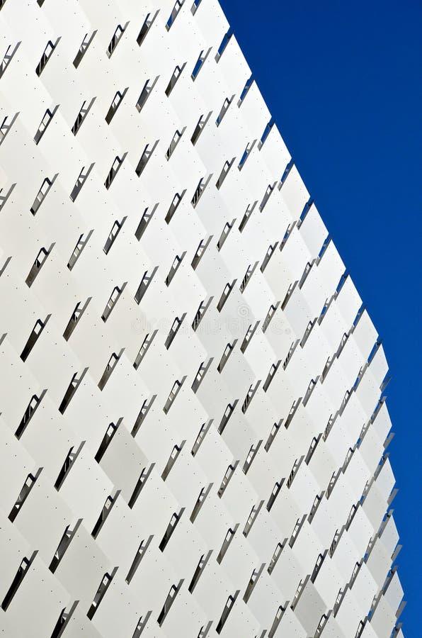 Moderne architectuur de bouwbuitenkant royalty-vrije stock foto's