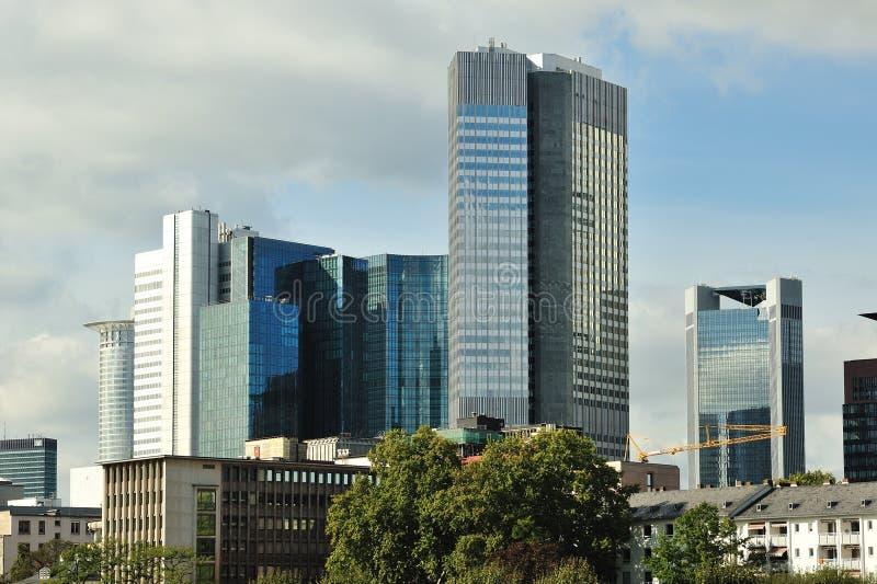 Moderne architectuur in Frankfurt royalty-vrije stock afbeeldingen