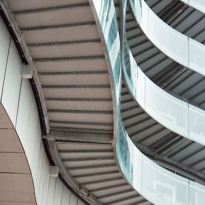 Moderne architectuur van een ingezeten gebouw in Danemark stock fotografie