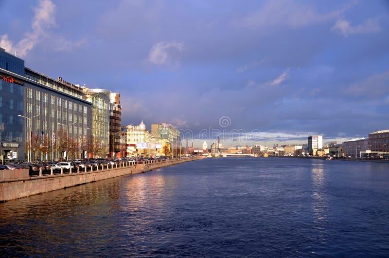 Moderne architectuur van St. Petersburg royalty-vrije stock foto's