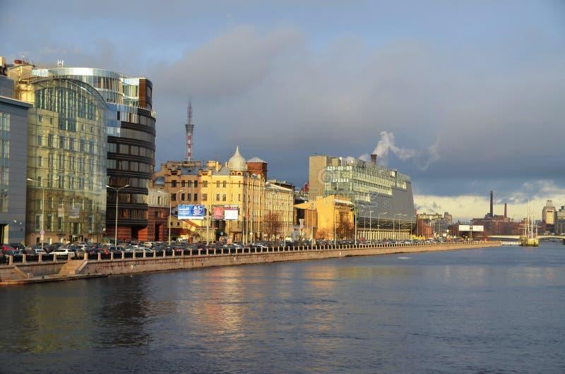 Moderne architectuur van St. Petersburg stock afbeeldingen