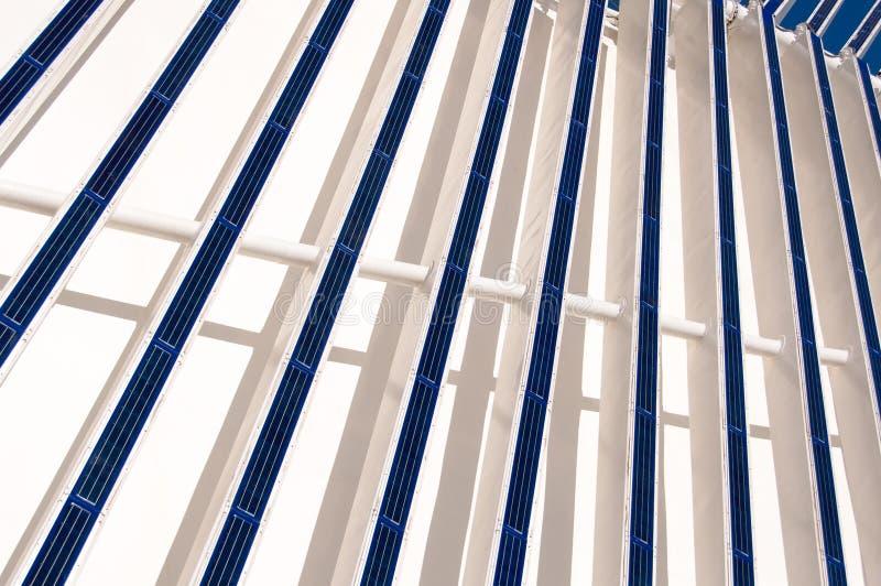 Moderne Architectuurzonnepanelen royalty-vrije stock foto's