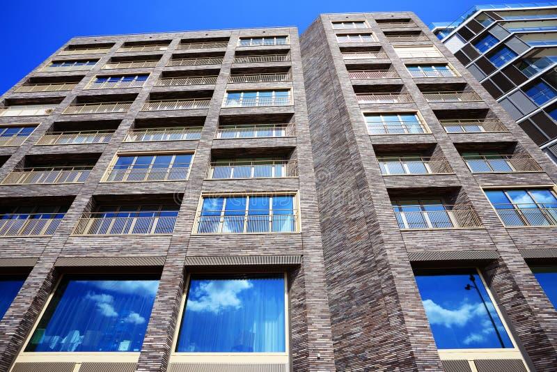 Moderne architektur in amsterdam stockfoto bild von alter industriell 27957846 - Architektur amsterdam ...
