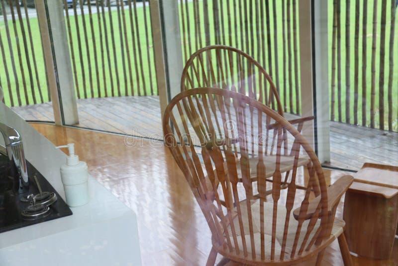Moderne Architektur Wiedergabe 3D Büroräume Küche Bambusmöbel lizenzfreies stockfoto