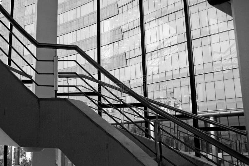 Moderne Architekturauslegung im gurgaon Indien lizenzfreie stockbilder